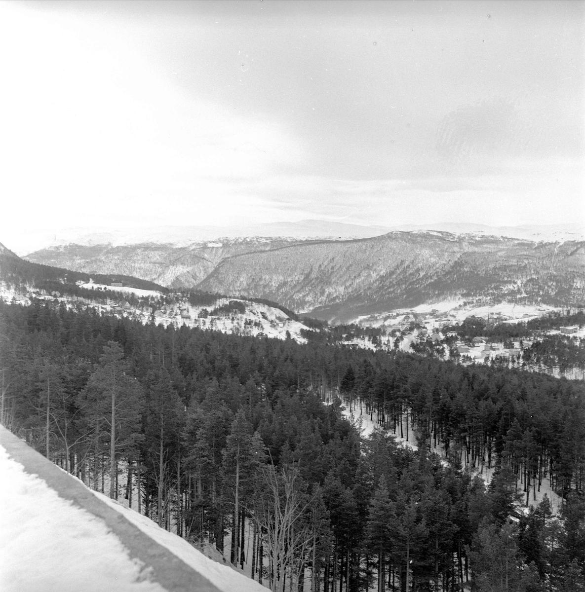 Dombås, Dovre, 21.03.1959. Utsiktsbilde.