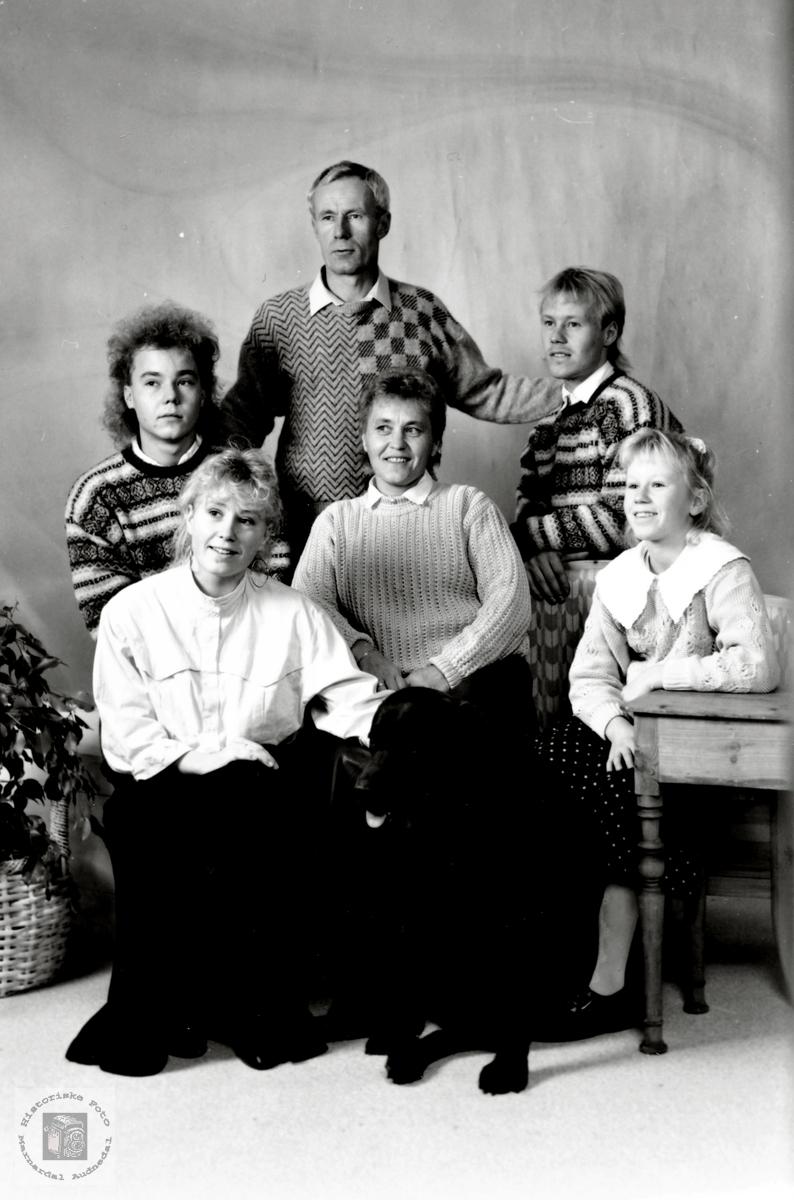 Familien Handeland med røtter i Audnedal.