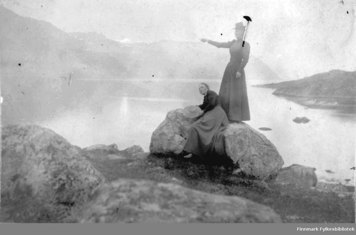 Lyse utsikter i Bergsfjord, ca 1900
