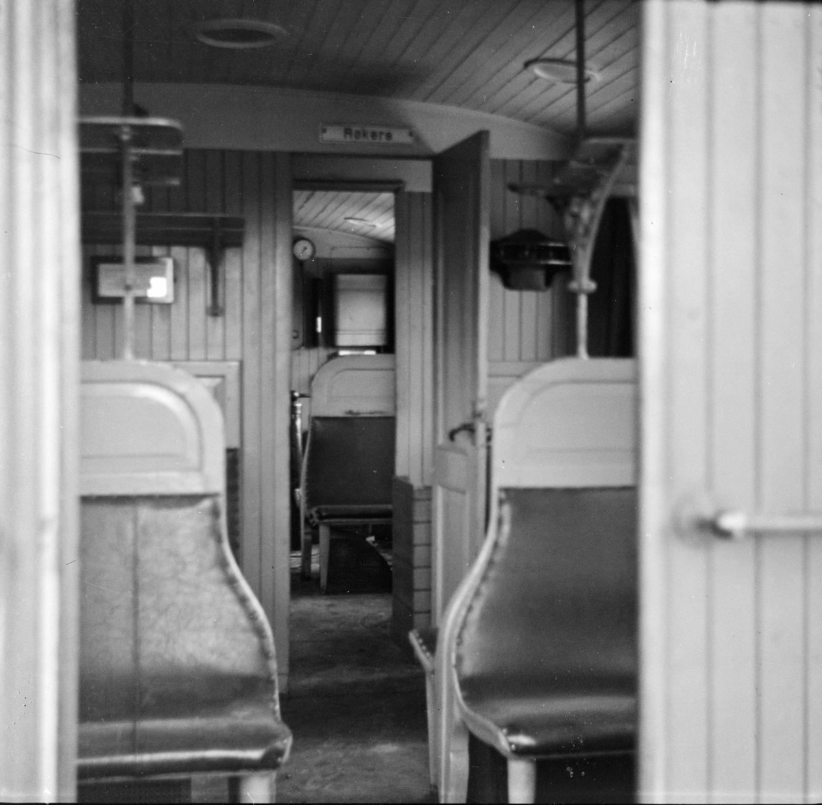 Interiør i NSBs personvogn BF nr. 240.