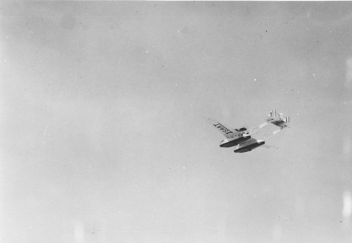 Luftfoto, ett fly i luften, Madalenas Savoia- Marchetti  S-55. Reg. ISAAT.