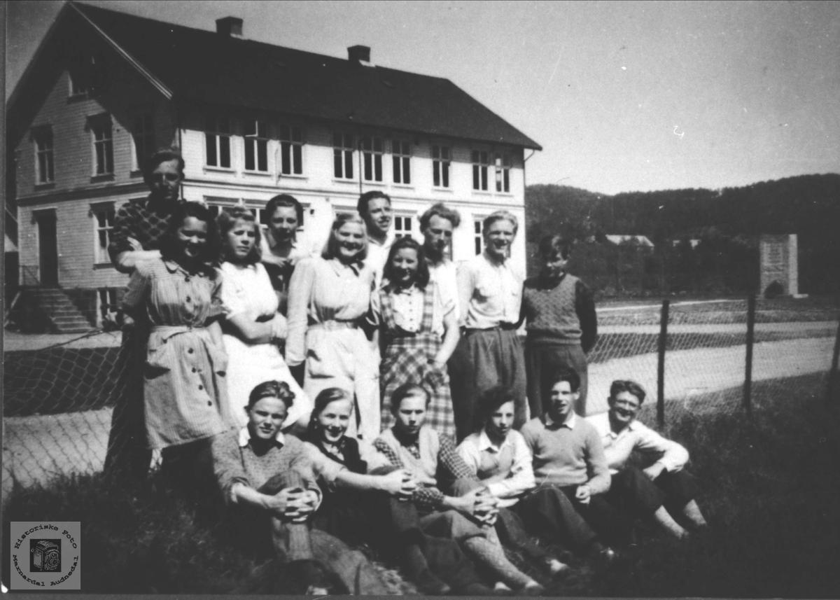 Øyslebø realskole 1946-47