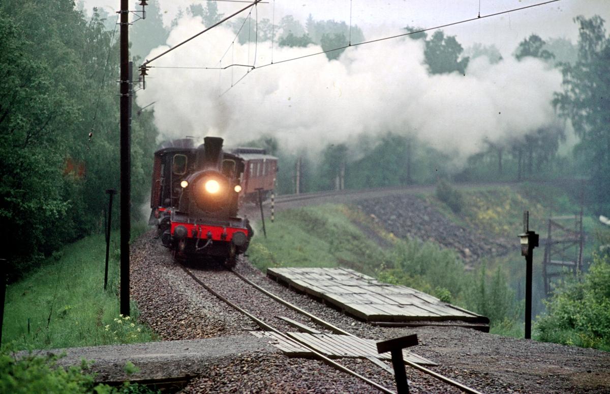 Veterantog Hamar - Brumunddal med damplokomotiv 21b 252 i forbindelse med Jernbanedagene.
