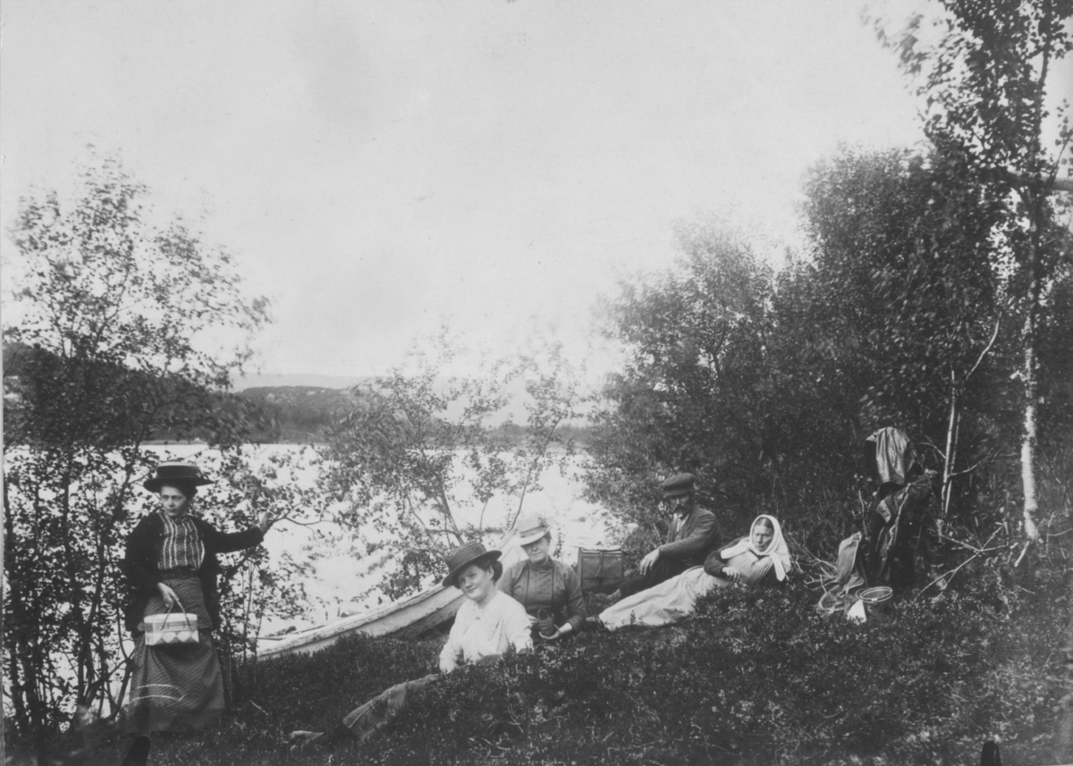 Fra 3 deilige feriedager 1913