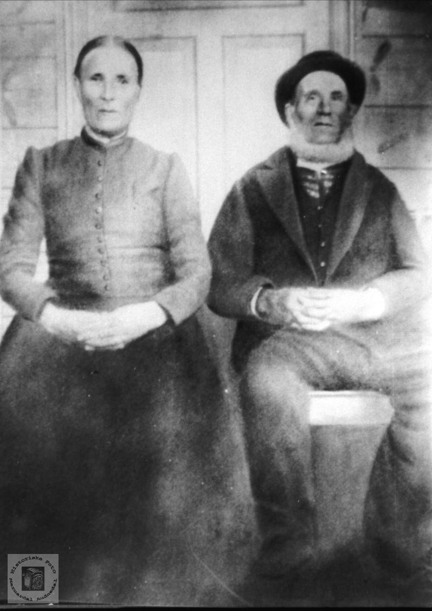 Ektepar. Steivor og  Gunder O. Lauvsland.