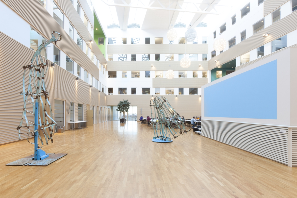 Intervju med Sverre Wyller angående kunstprosjektet i Statens Hus i Stavanger for Fylkesmannen i Rogaland.