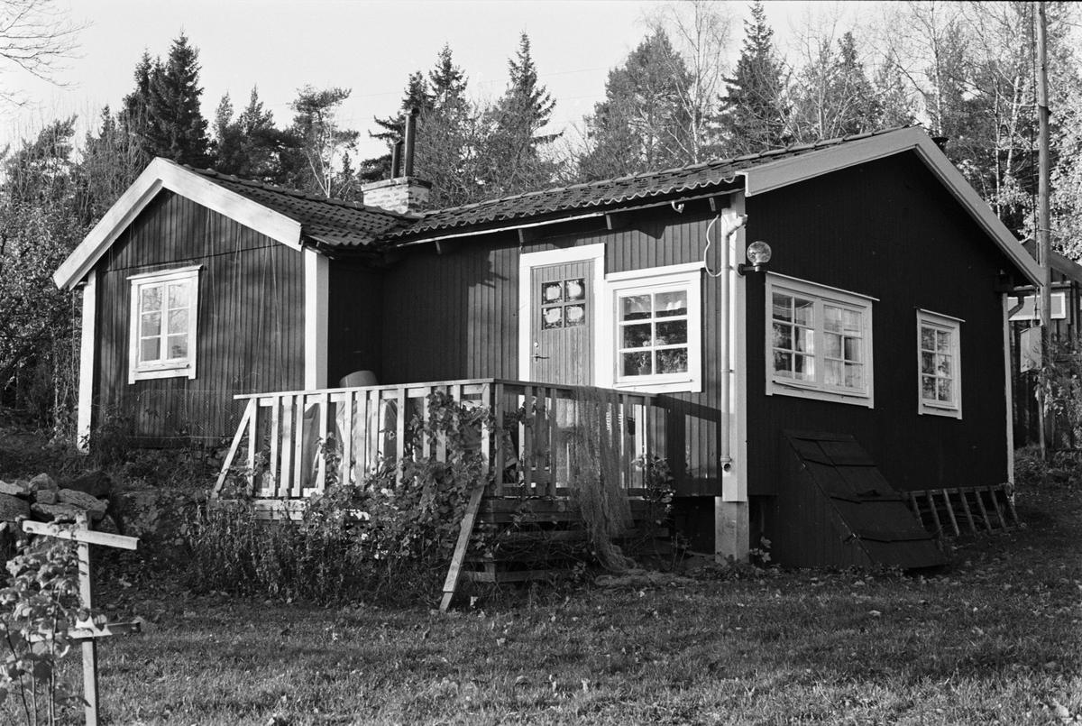 Bostadshus, Skogstibble 12:1, Skogs-Tibble socken, Uppland 1985
