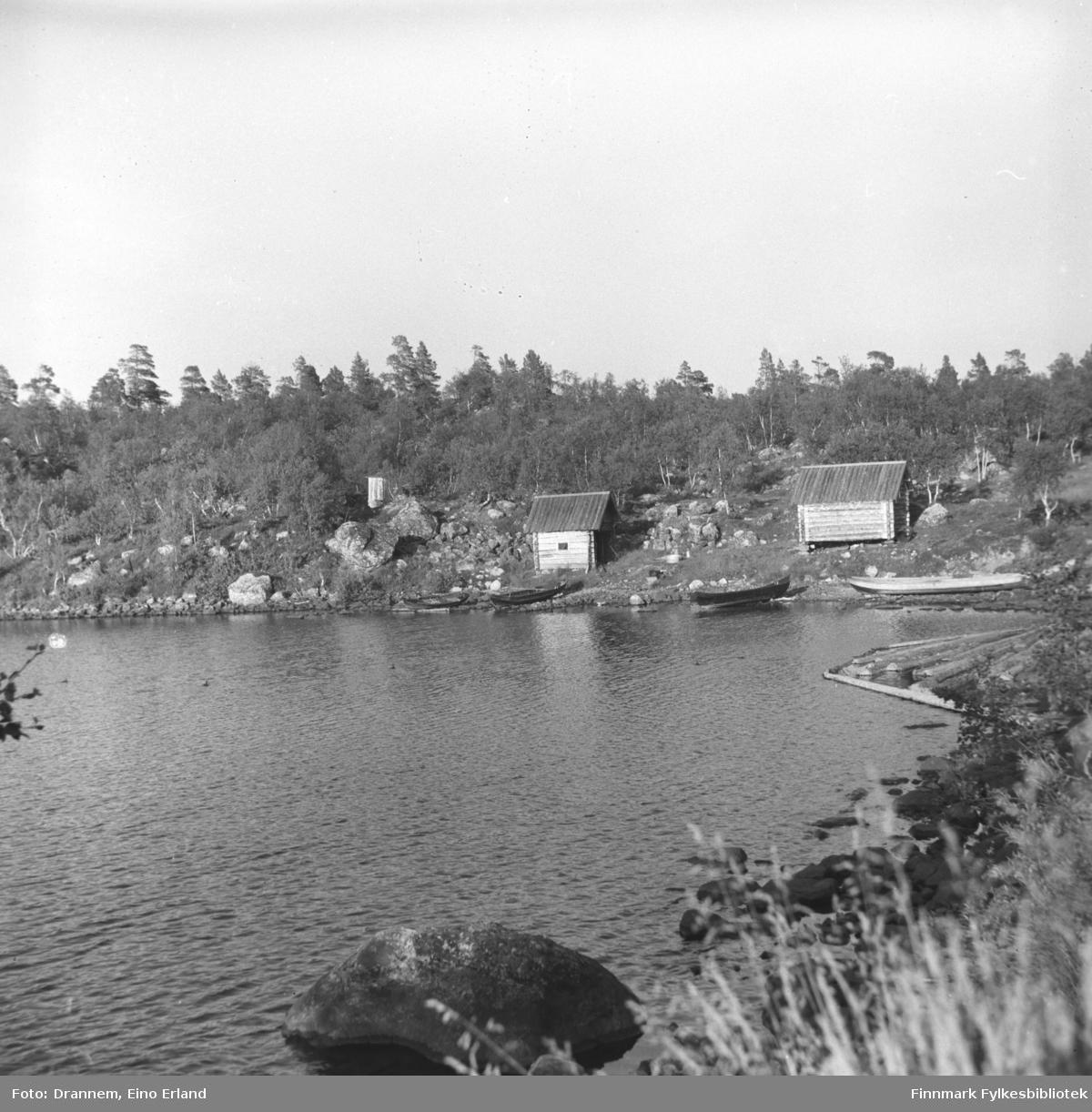 Grensevaktstasjonen i Finland eide hytter (røykbadstu) i Luolajärvi, som var åpne for alle etterhvert