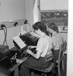 Meteorologisk Institutt på Blindern. 1946 - 1952. Kvinnelig