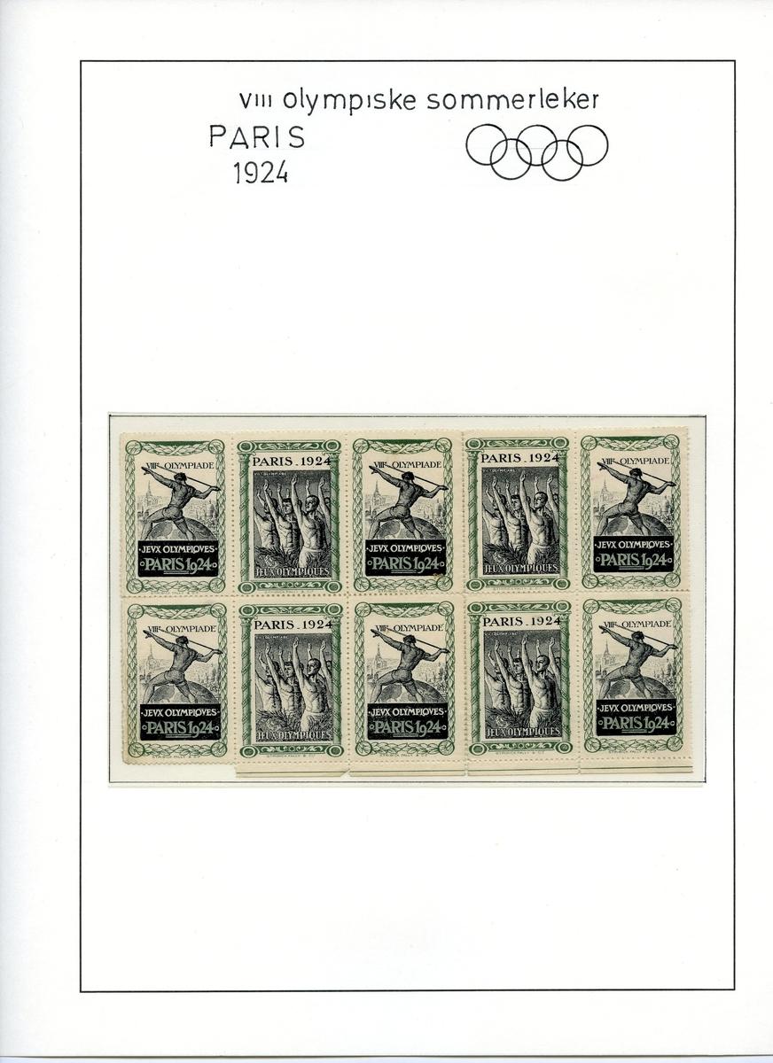 10 klistremerker fra sommer-OL i Paris 1924, to ulike motiv og fem merker av hvert motiv. Det ene motivet viser en spydkaster med siluett fra Paris i bakgrunnen, det andre viser flere atleter som rekker armen opp i en hilsen.