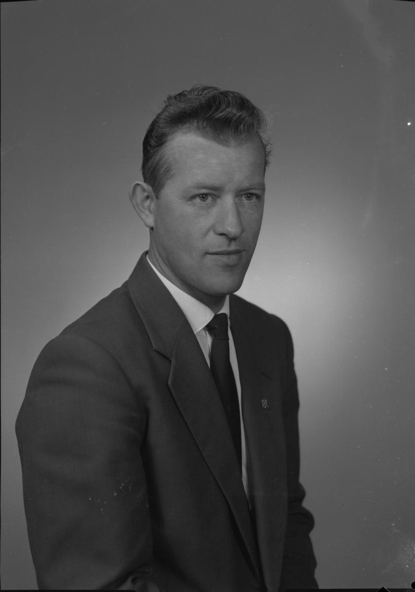 Leder i gruvearbeiderforeningen, Løkken Verk, Meldal, ansatt 1952-1962.