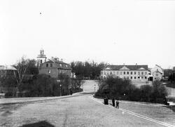 Foto taget på Lilla torget med vy över Stora torget. Tvärs ö