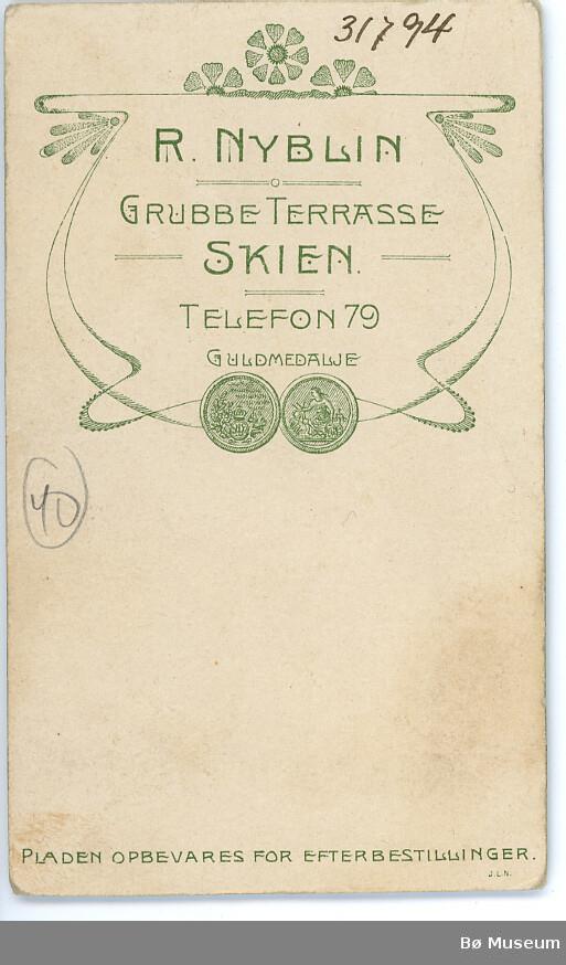 Visittkortbilde av Ingebjørg Myklestul