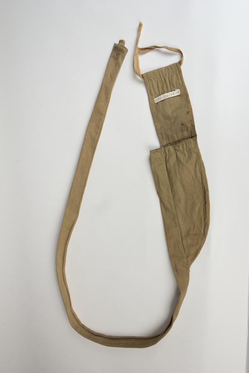Fiskestamg, en meitestang med avtagbart håndtak med feste for snelle og med oppbevaringsetui i lerret