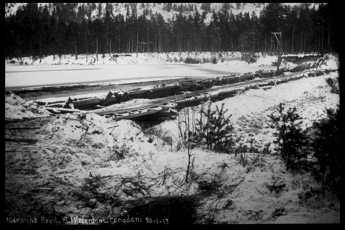 Arendal Fossekompani i begynnelsen av 1900-tallet CD merket 0474, Bilde: 43 Sted: Nisser Beskrivelse: Damanlegg