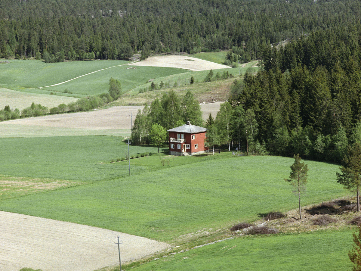 AURSKOG-HØLAND (UKJENT) VILLA