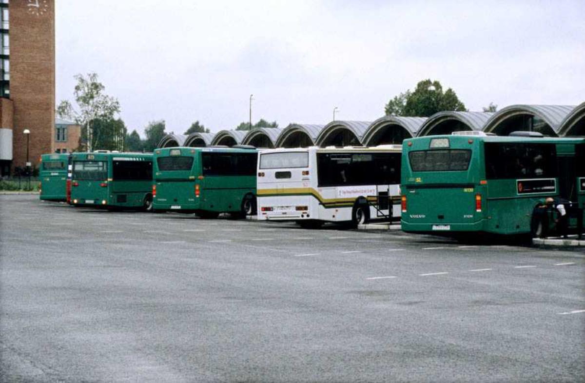 Dokumentasjon av Lillestrøm buss-stasjon med buss 501 Enebakk-Oslo