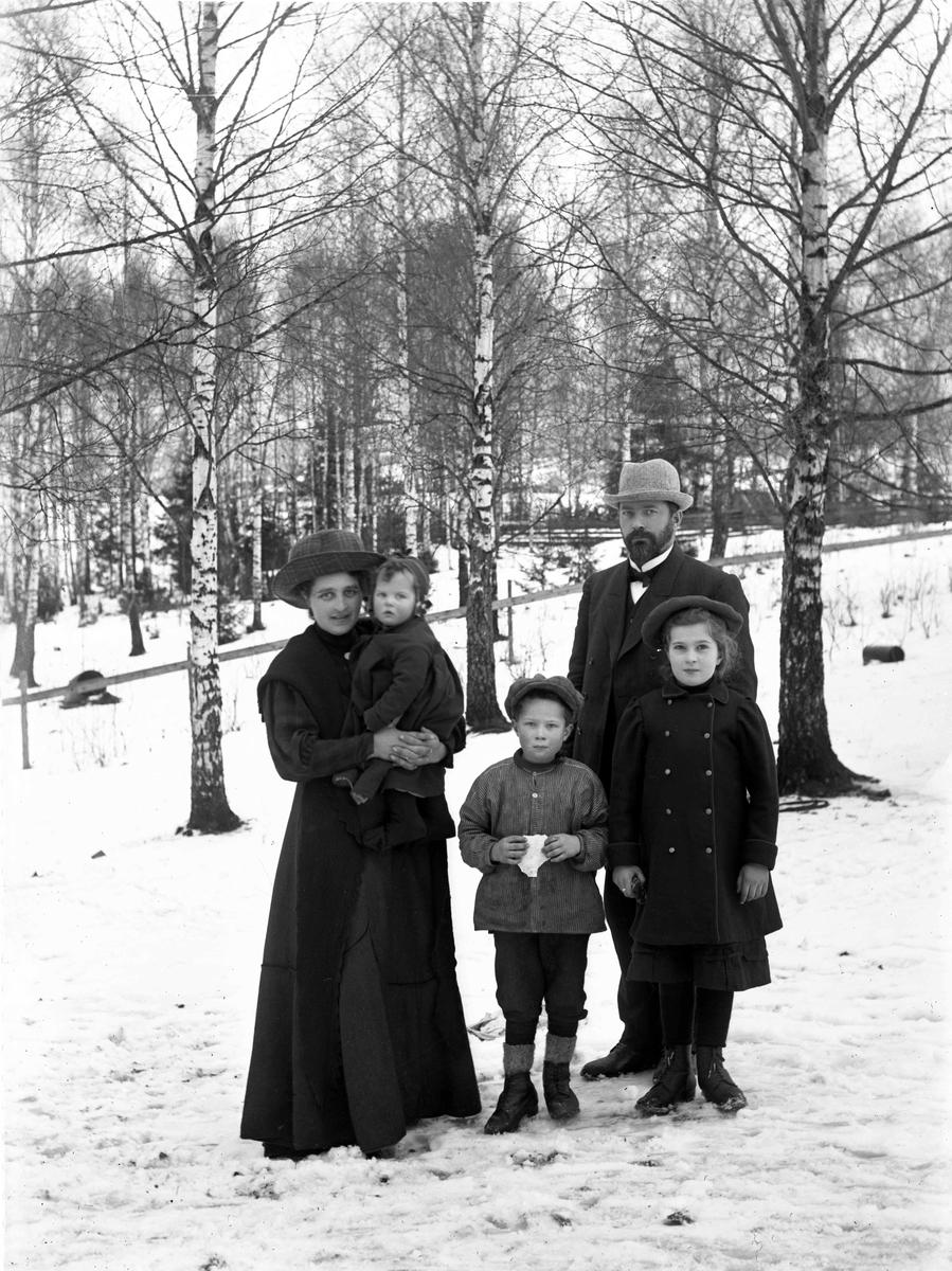 Jon Sørensen med familie.