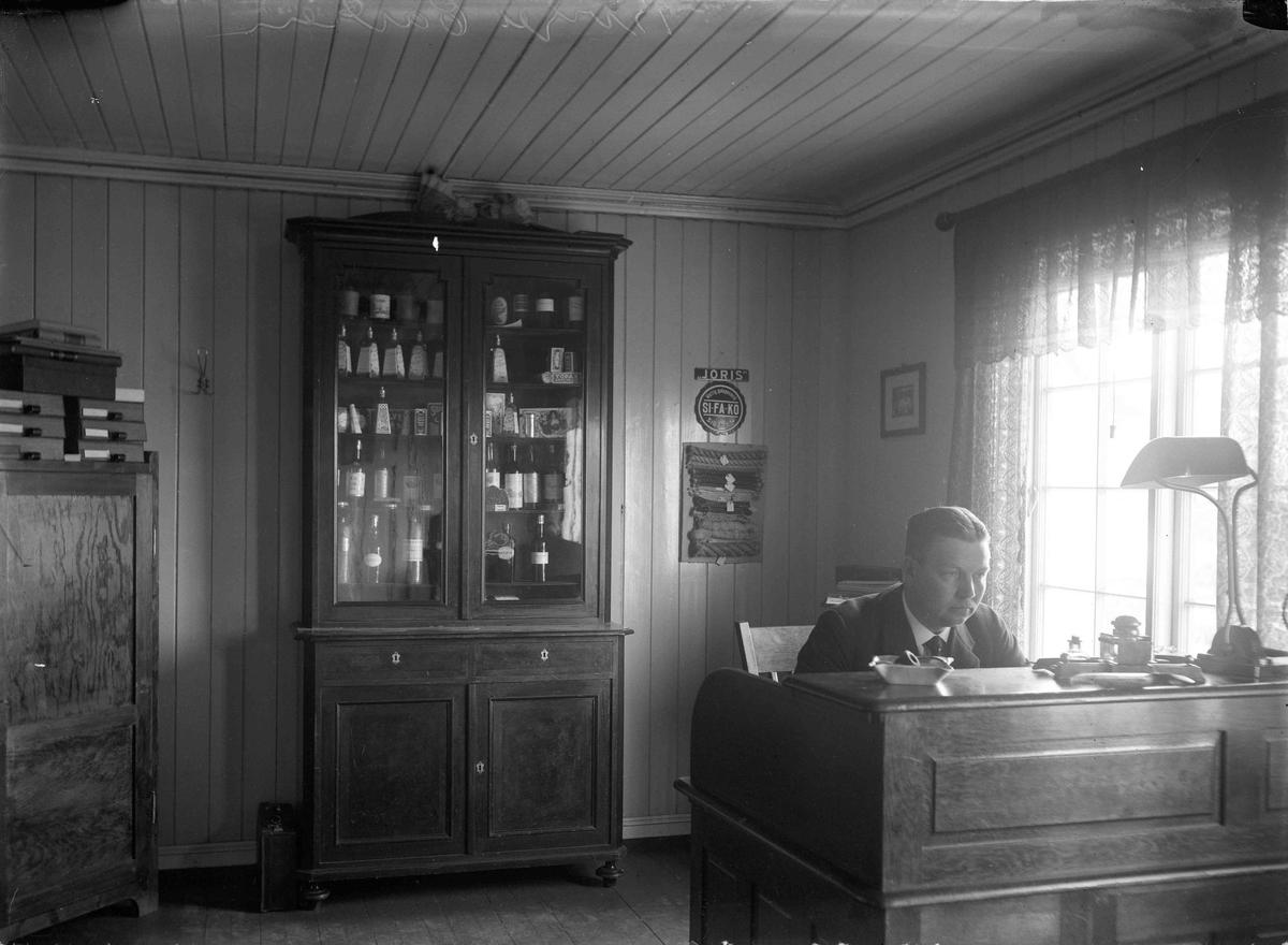 Birger Carlsen, butikk interiør