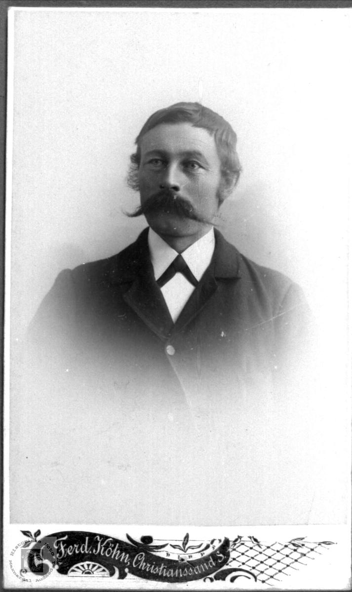 Portrett av John Torkildson Hjemlestad, Bjelland.
