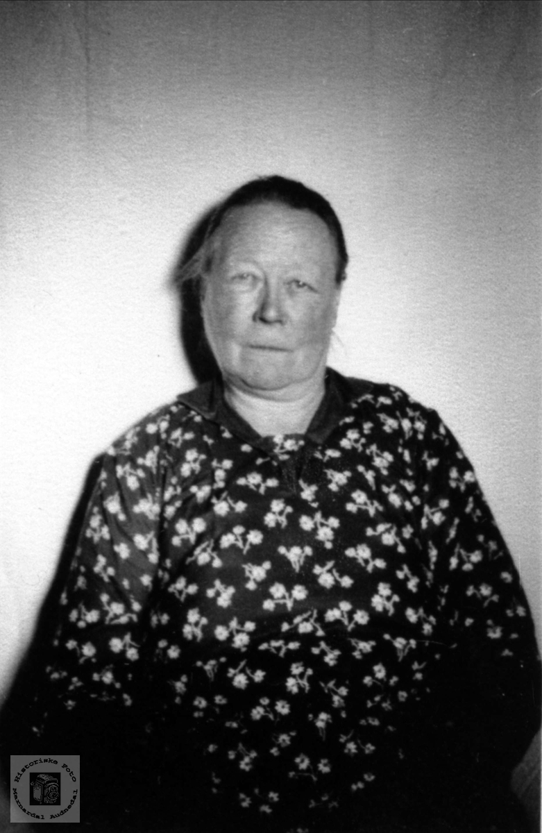 Gurine Willumsdtr. Haraldstad, Laudal.