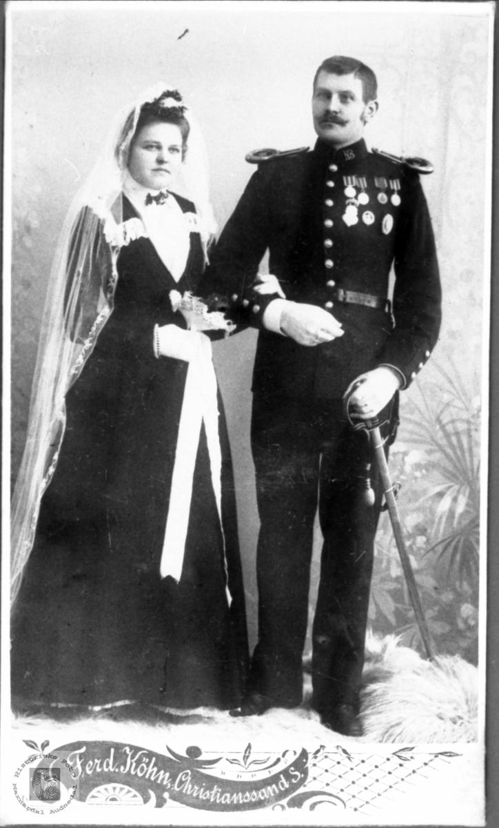 Brudeparet Helga og Olav Bjerland. Bjelland.