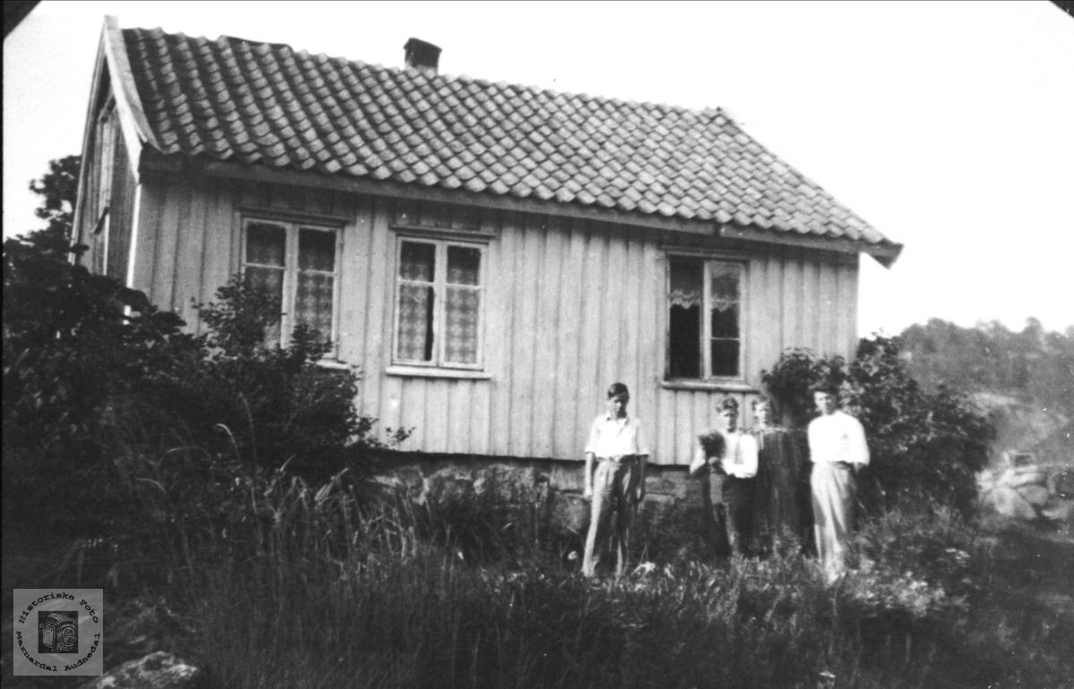 Johan Uslands gård på Helle i Holum