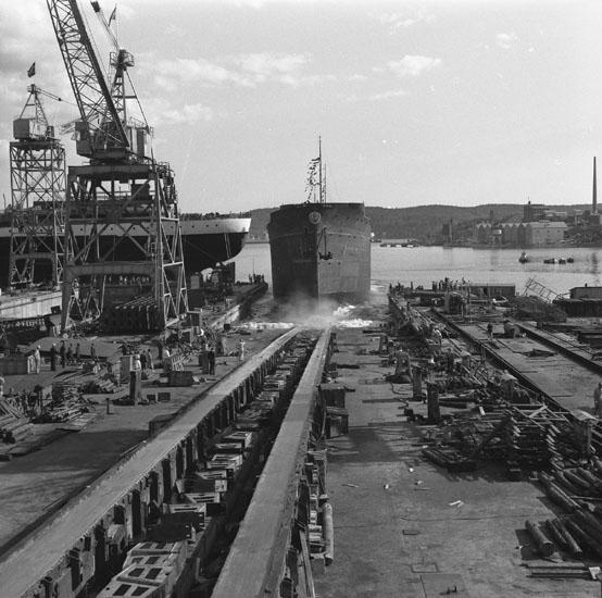 Dop och sjösättning av fartyg 177 M/S Older.