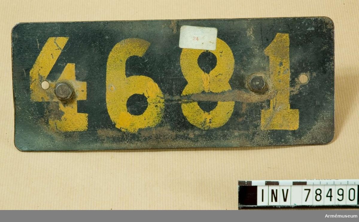 Grupp I VI. Registreringsskyltar för motorfordon, nr 4681.
