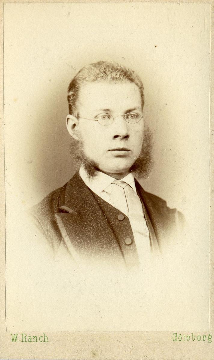 Porträtt av Daniel Brisman, postmästare i Herrljunga.