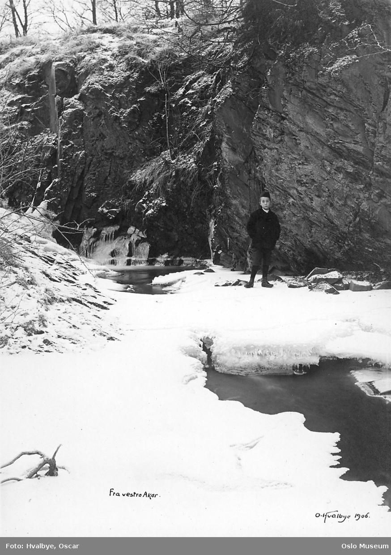 bekk, vann, is, snø, bergvegg, gutt, vinter
