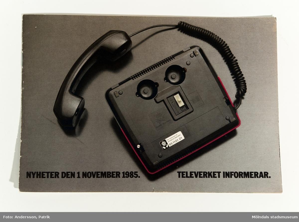 """Reklamblad: """"NYHETER DEN 1 NOVEMBER 1985. TELEVERKET INFORMERAR."""", utgivet av Televerket 1985."""