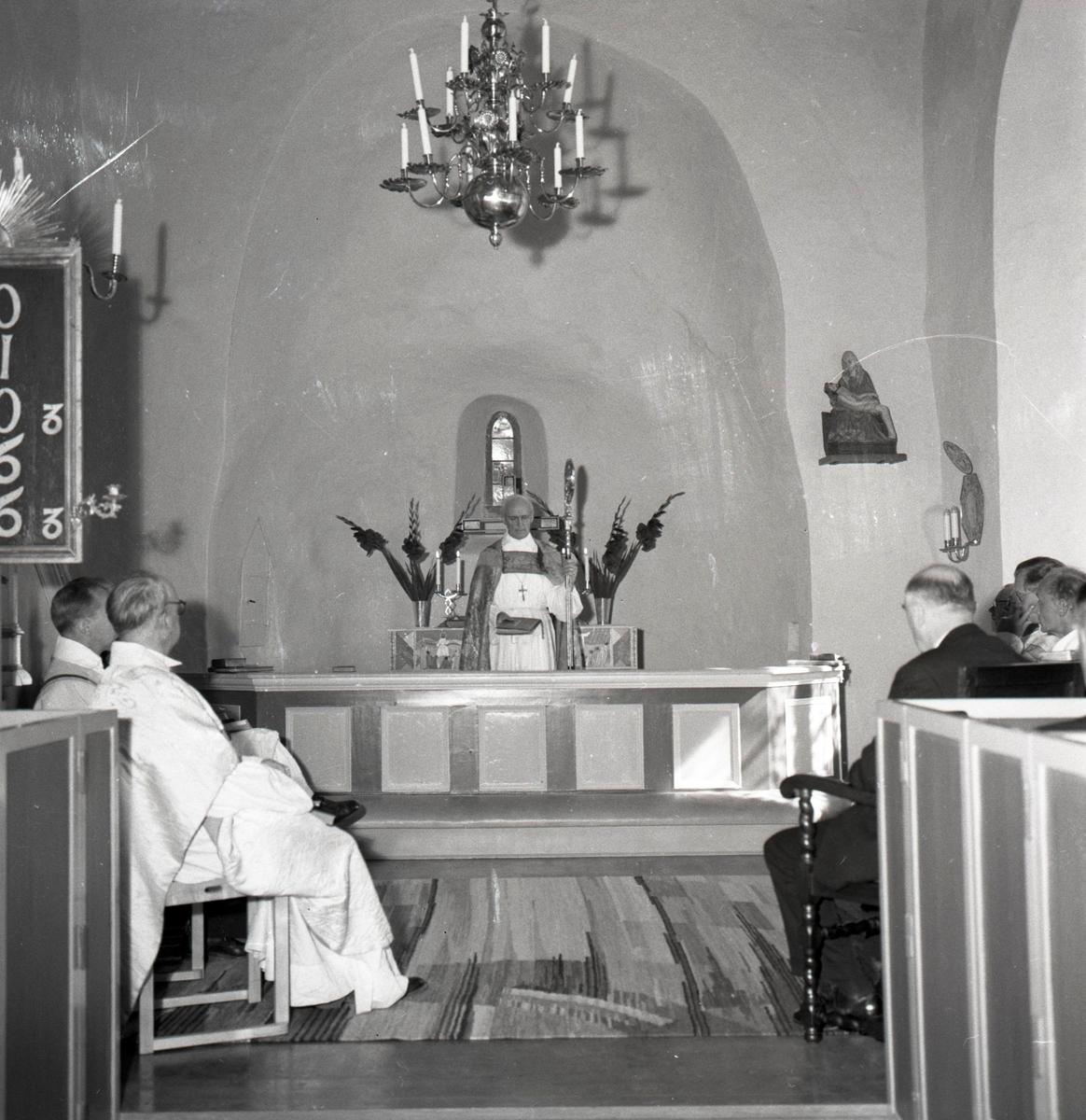 Återinvigning av Egby kyrka efter restaureringen.