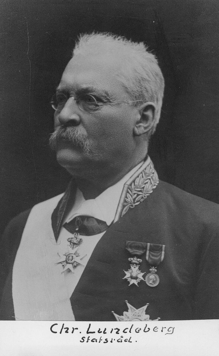 Brukspatron och Sveriges statsminister augusti–november 1905. Född 14 juli 1842 i Forsbacka i Valbo församling, död 10 november 1911 i Stockholm.