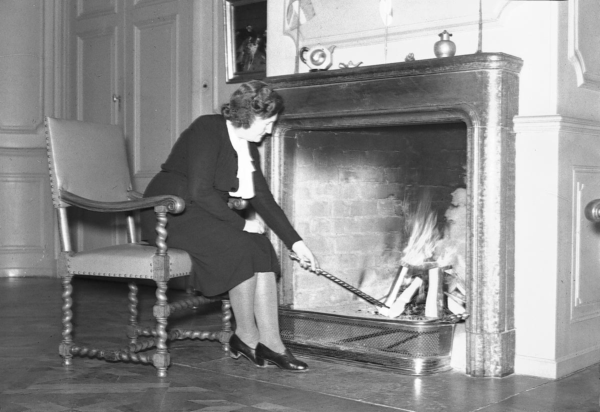Landshövdingska i Gävleborg med stort engagemang i humanitära frågor. Startade tillsammans med sin man ABF - Arbetarnas bildningsförbund. Var även drivande i mottagandet av finska krigsbarn under andra världskriget.