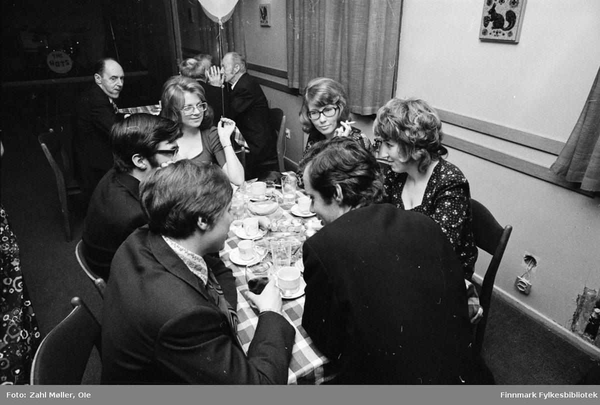 Vadsø, November 1970. Bankfesten.