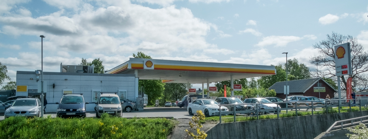 Shell bensinstasjon Drøbakveien Ås