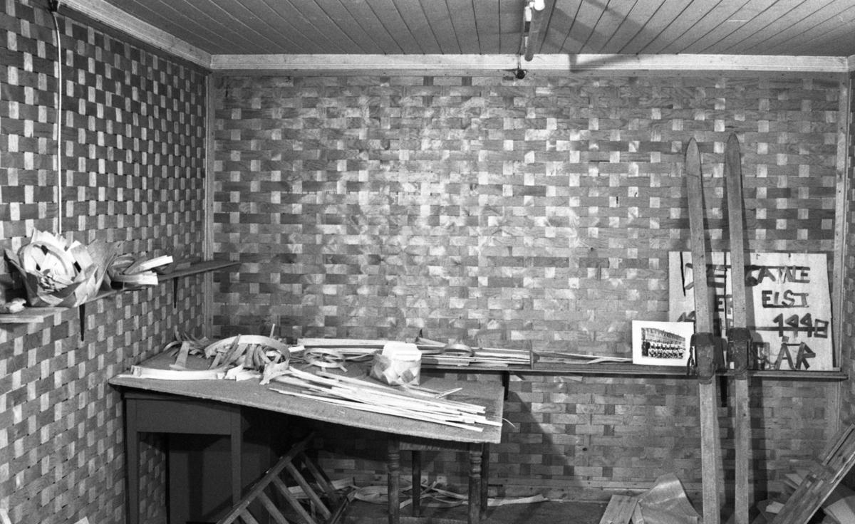 Flettet vegg ved Nilsens kurvfabrikk