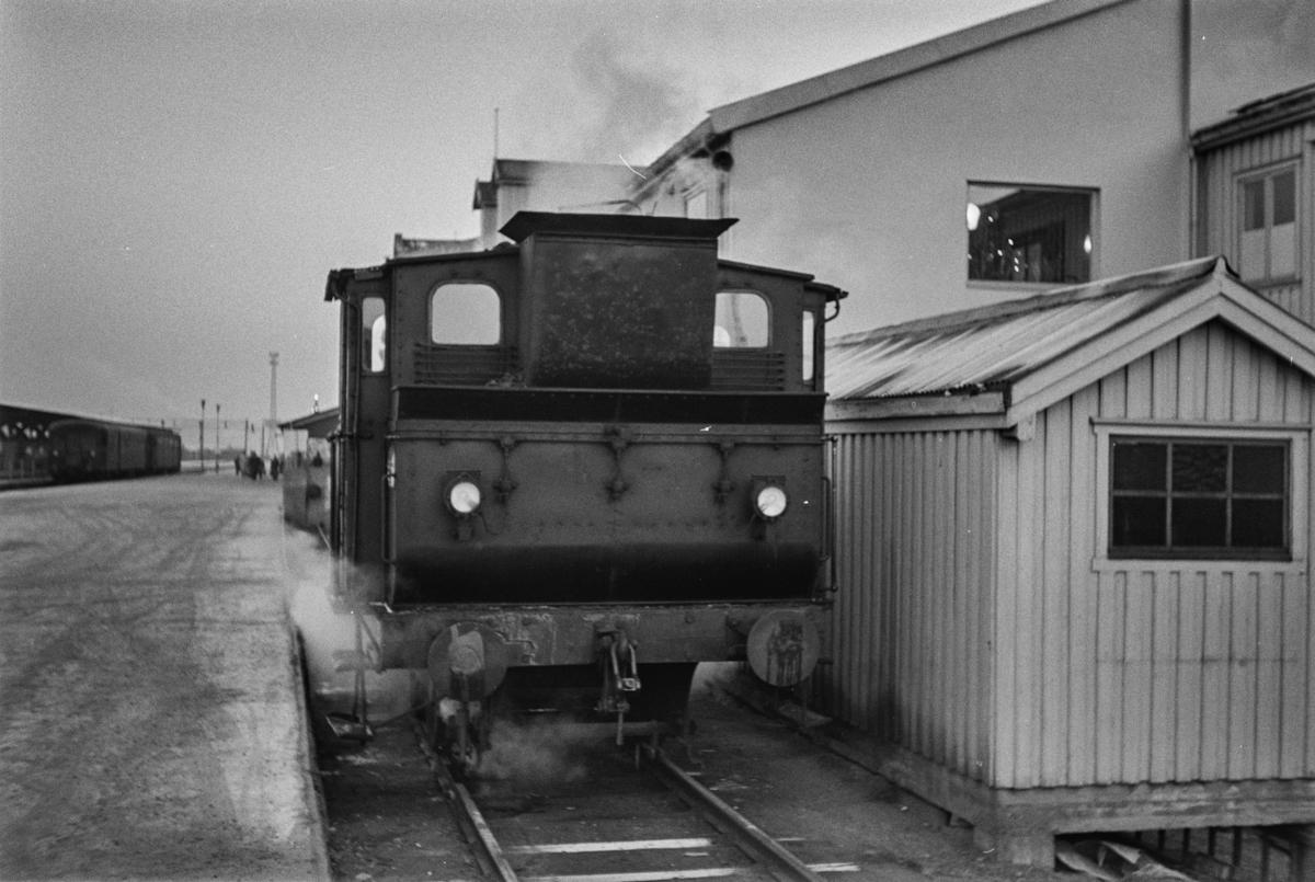 Damplokomotiv type 43a nr. 91 i skiftetjeneste på Trondheim stasjon.