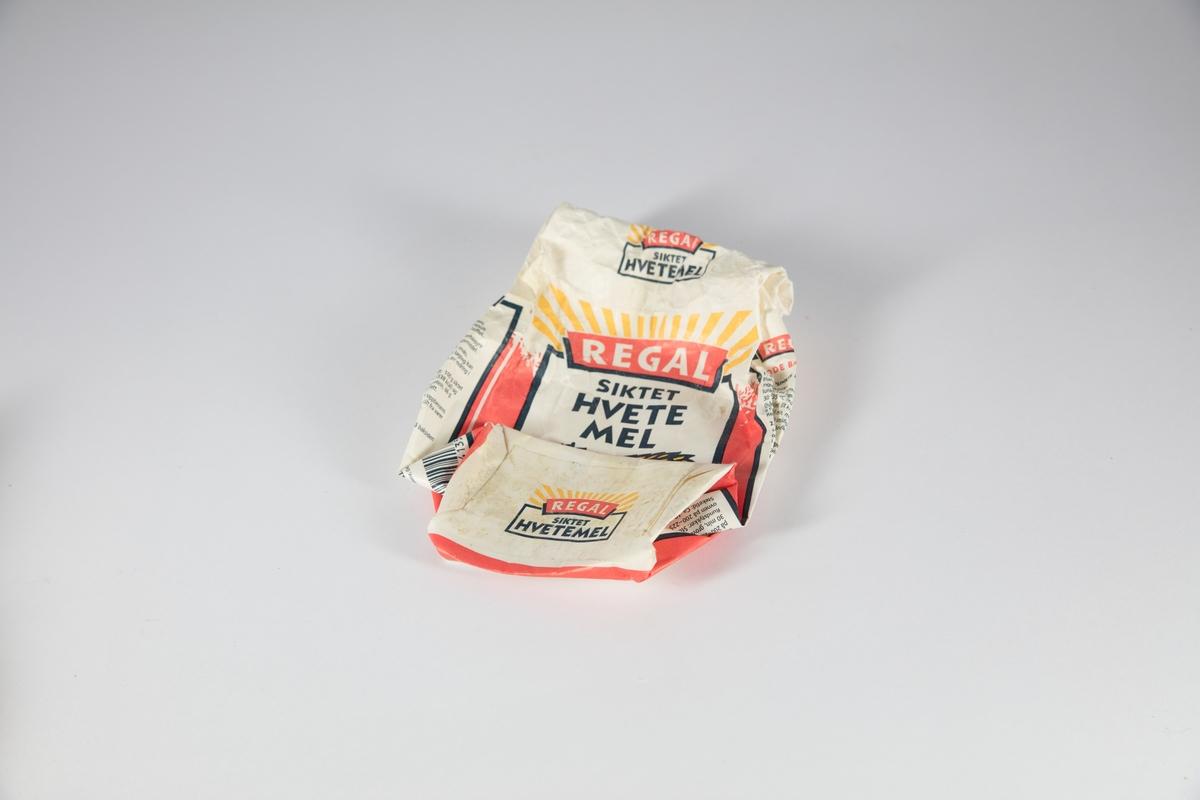En pose med emballasjer til ulike typer mel, sjokolader, havregryn etc.