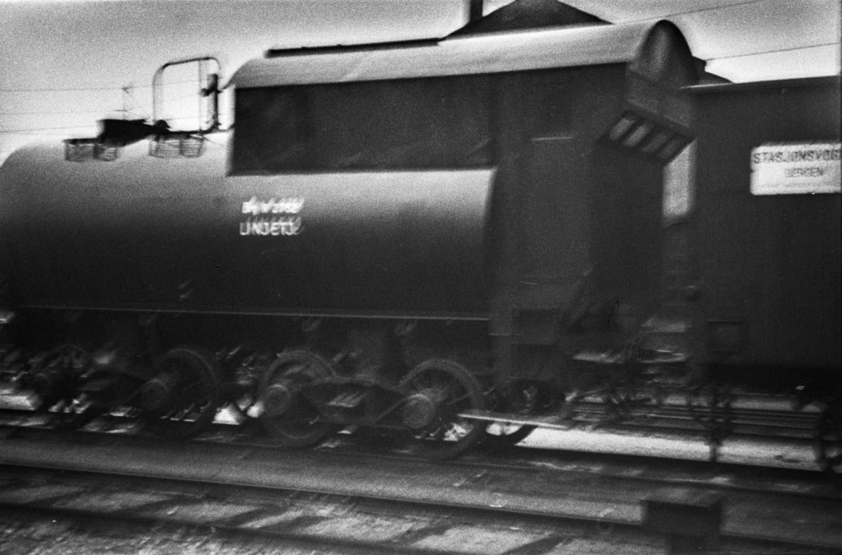 Sprøytevogn litra R nr. 2752. Dette er tenderen fra utrangert damplokomotiv type 49c nr. 473 (Dovregubben).