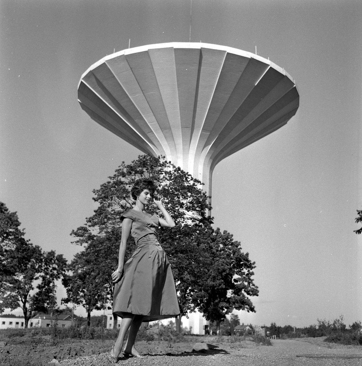Modesidan, Kerstin P. 8 augusti 1958.