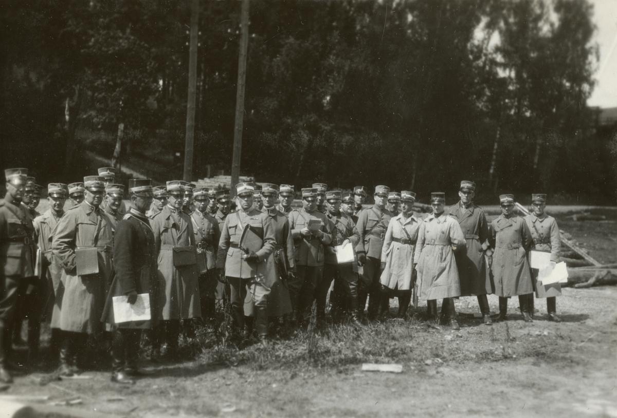 Östra arméfördelningens fälttjänsteövningar i Norrköping 2-7.6.1930. Genomgång efter fälttjänstövning.