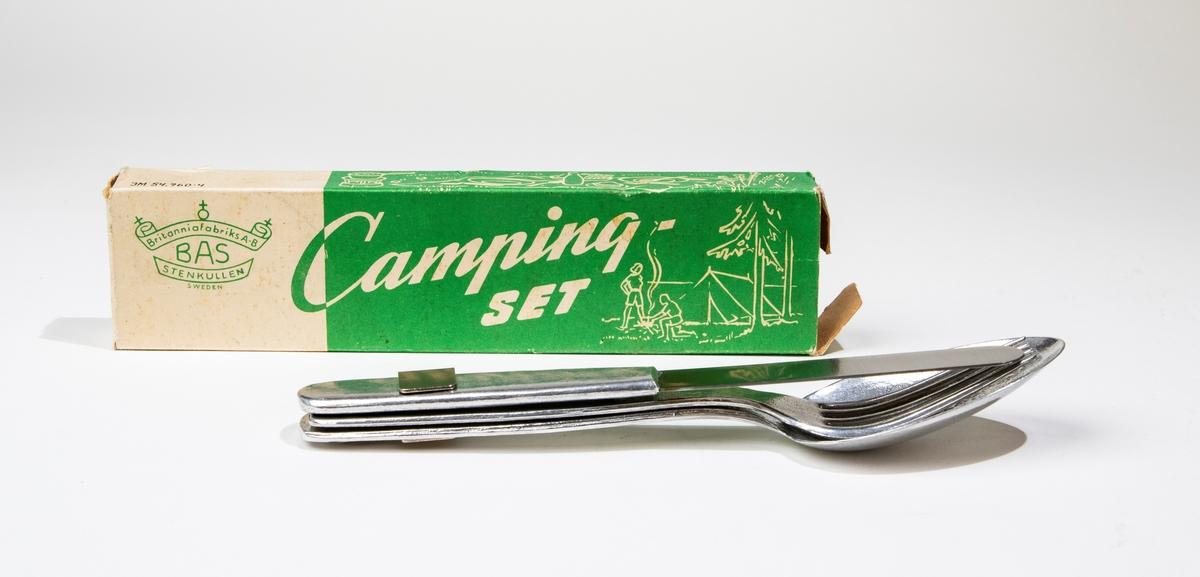 Tält och två campare.