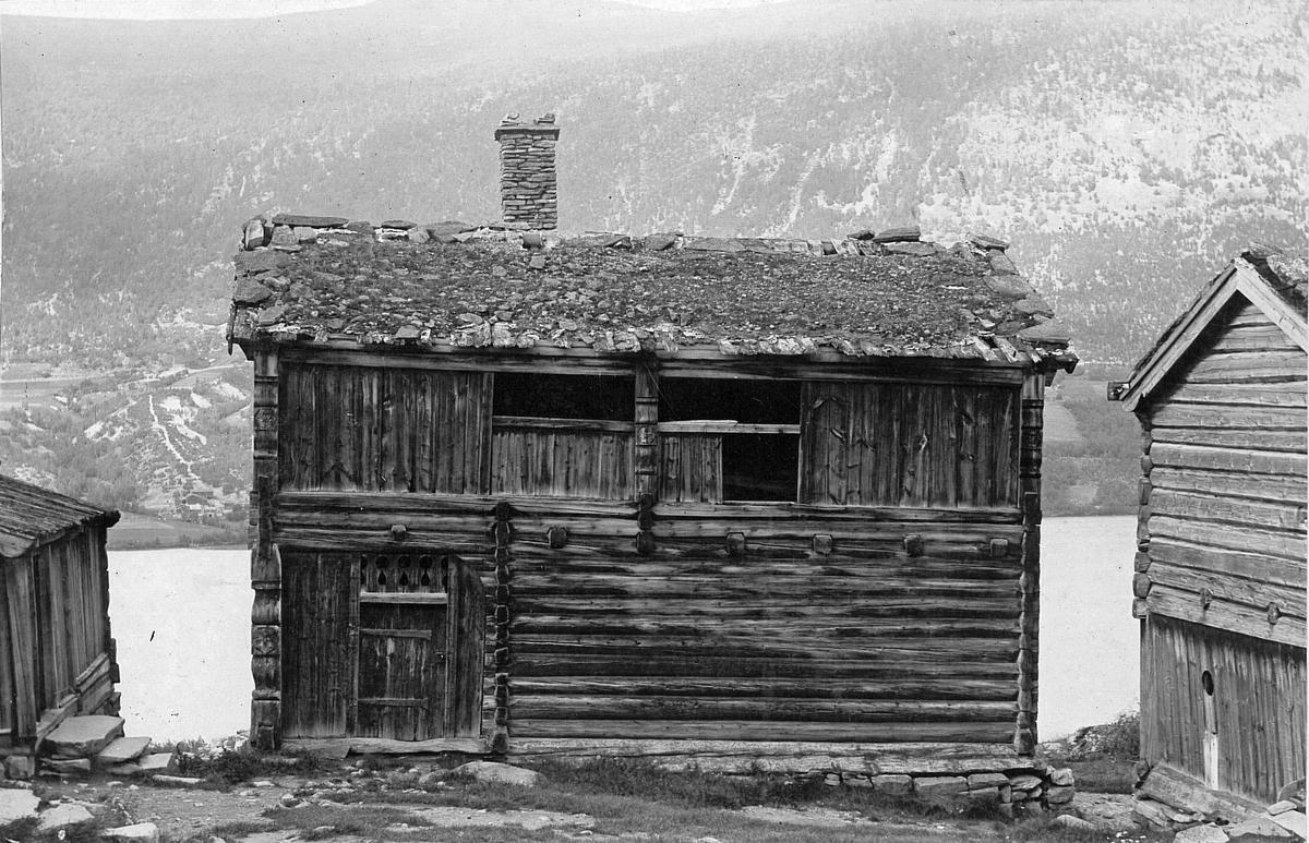 Repro: Gardstun, hus, fjøs, Øygarden slik den stod i Skjåk 1918.
