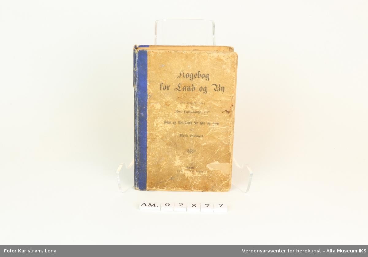 Form: Trykt med gotisk skrift