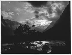 Trollsk kvell i Romsdal