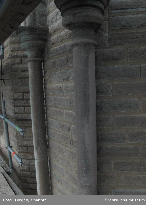 Renoveringsarbeten av tornfasader på Olaus Petri kyrka (Olaus Petri församling).Lagade kolonner, östra tornet.Dnr: 2008.230.065