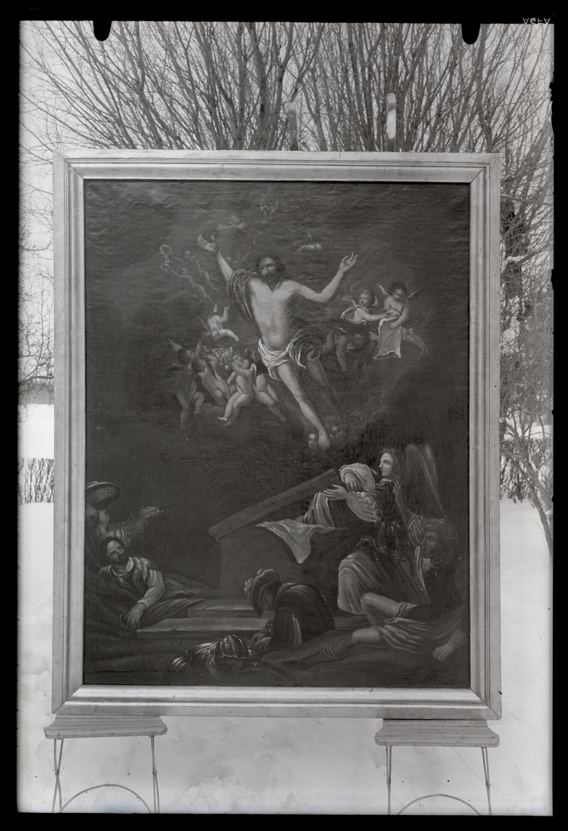 "Målning ""Uppstigandet ur graven"",, efter renoveringen."