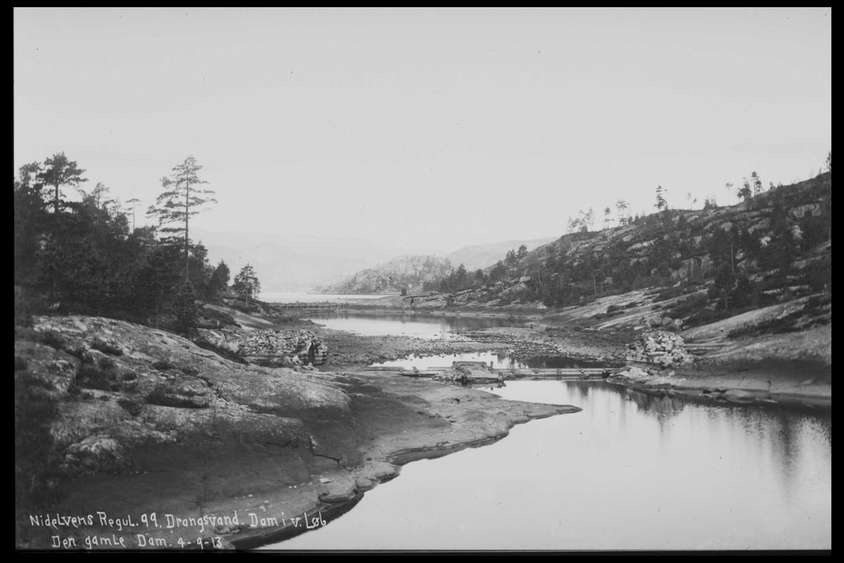 Arendal Fossekompani i begynnelsen av 1900-tallet CD merket 0446, Bilde: 3 Sted: Drangsvann dam Beskrivelse: Regulering.